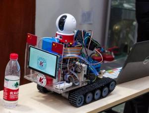 作品例(1) 災害救助ロボット